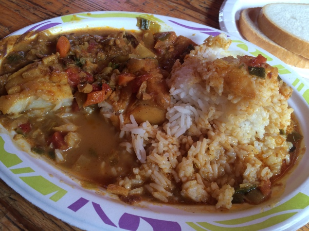 Fish curry pake nasi