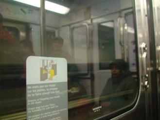 Naik metro