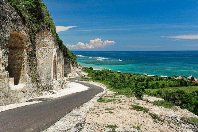 Pantai Pandawa (Sumber foto : www.balimio.com)