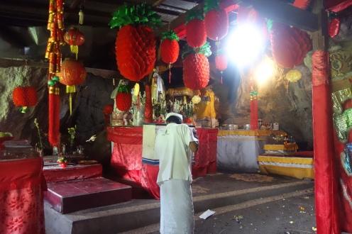 Altar Dewi Kwan Im