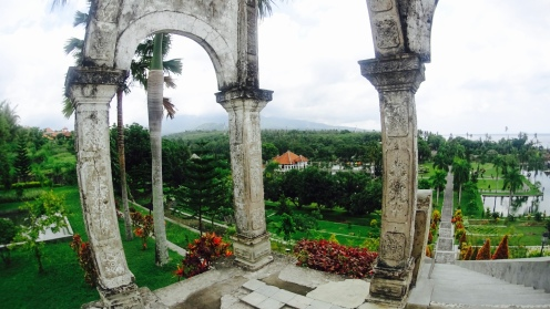 View dari atas bukit istana