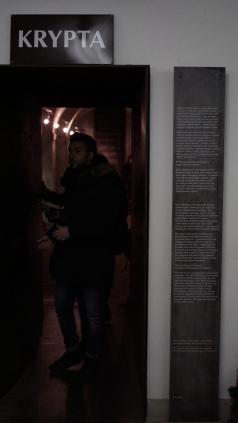 Pintu Masuk ke ruang bawah tanah