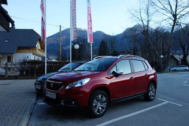 Mobil sewaan all-new peugeot 2008