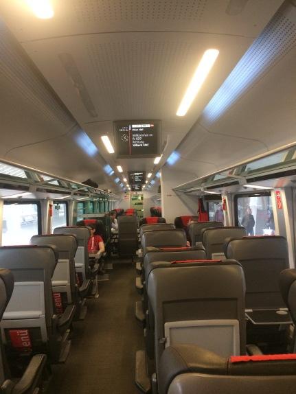 Di dalam kereta menuju Villach Hbf