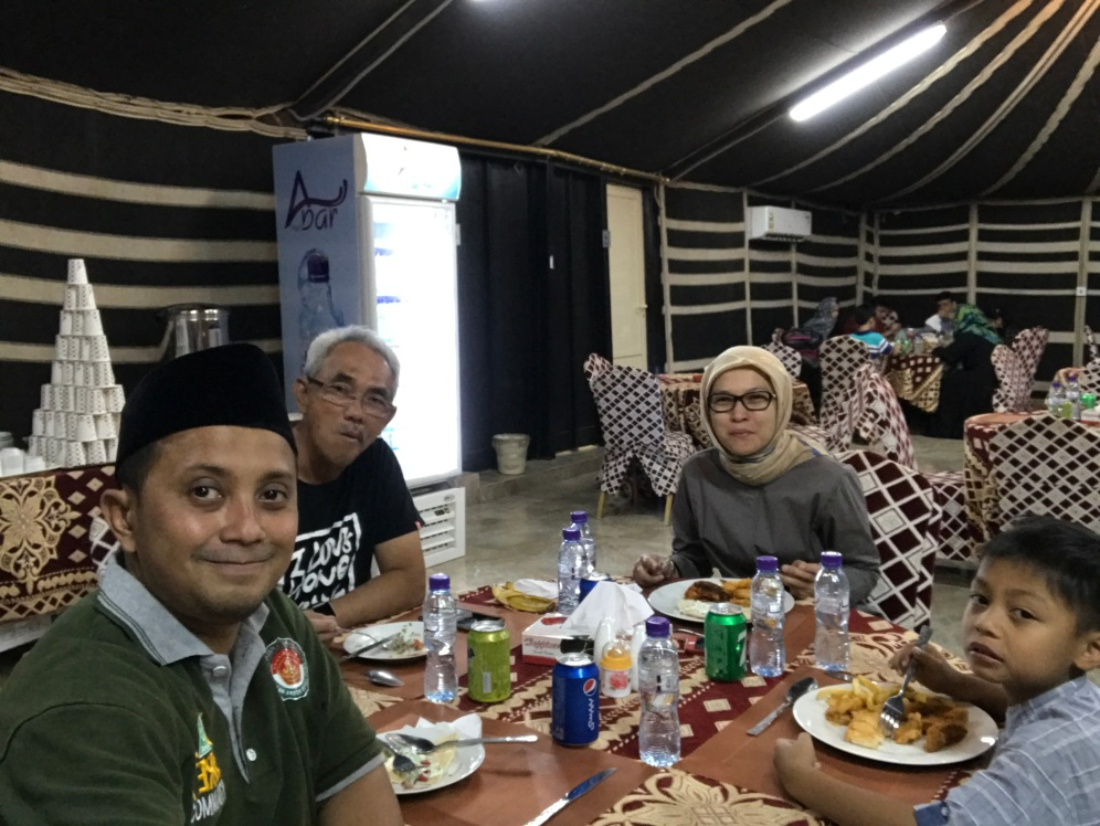 Dinner time at Shary Al Ula Camp