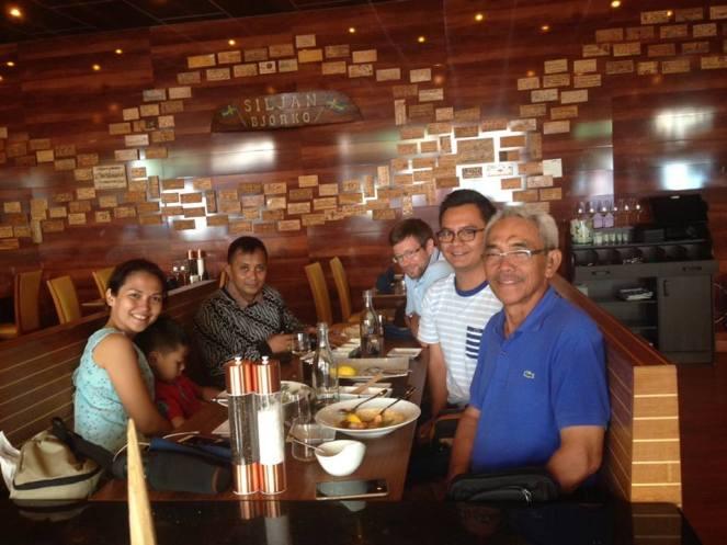Makan-makan di Räkan restaurant