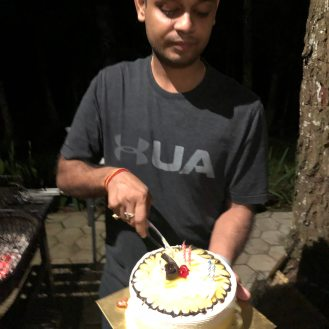 Birthday boy yang kebetulan berulang tahun